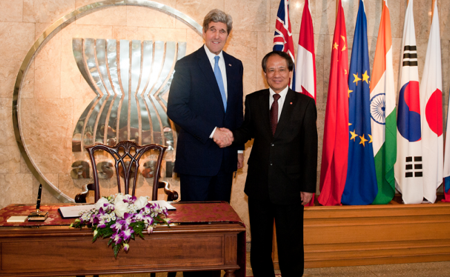 U.S. Secretary of State Meets Secretary-General of ASEAN